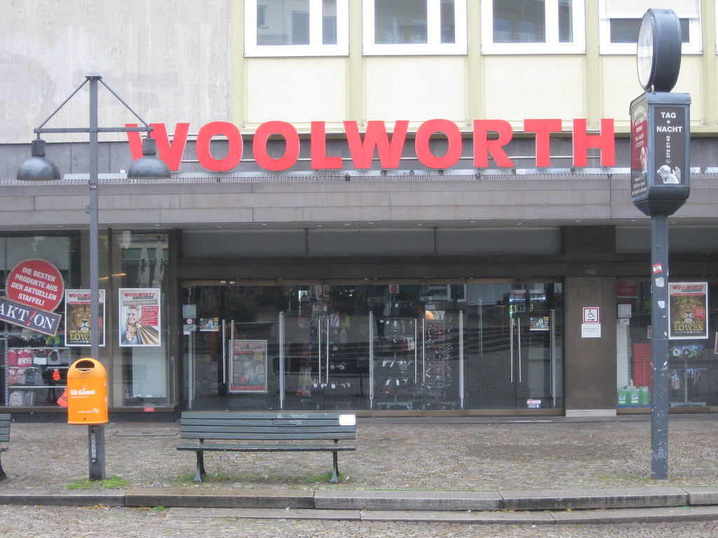 marketing and woolworth The mark of value drawing on the latest marketing theory from the usa, in 1963 woolworth began to move from operating many private label house brands to a single own-brand called winfield.