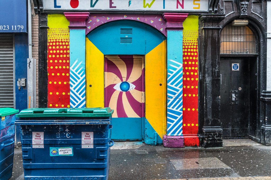 EXAMPLES OF URBAN CULTURE IN BELFAST [STREET ART AND GRAFFITI]-132903