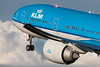 Boeing 777-300ER KLM Royal Dutch Airlines PH-BVK cn 42172/1106 (Guillaume Besnard Aviation Photography) Tags: eham ams amsterdam schipholairport amsterdamschiphol planespotting polderbaan amsterdamschipholairport canoneos canonef500f4lisusm canoneos1dsmarkiii boeing777300er klm royaldutchairlines phbvk cn421721106 boeing777 light beaconlight