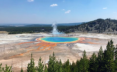 Grand Prismatic Spring (robmcrorie) Tags: grand prismatic spring yellow stone park mineral hot steam bacteria bacterial mats colours blue green red orange iphone 7 plus synecococcus synechococcus
