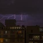 Lightning On Mexico City thumbnail