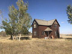 Old house near Monitor Alberta (jasonwoodhead23) Tags: