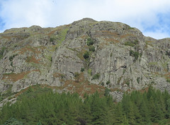 langdale crag (squeezemonkey) Tags: lakedistrict lake district countryside oudoors mountains landscape greatlangdale ambleside climbers mountainside rock crag cliff