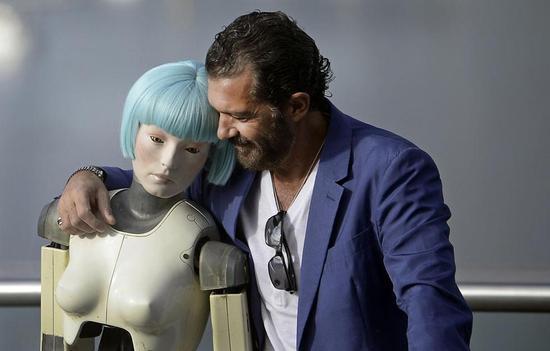 神學家:性機器人使用者惹怒了上帝,將會下地獄