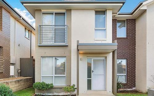 5 Sierra Av, Middleton Grange NSW 2171