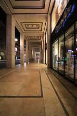 Friedrichstraße 88-89 / Ecke unter den Linden (Pascal Volk) Tags: berlin mitte berlinmitte friedrichstrase abend evening nacht night noche wideangle weitwinkel granangular superwideangle superweitwinkel ultrawideangle ultraweitwinkel ww wa sww swa uww uwa architecture architektur arquitectura canoneos6d irix11mmf40 blackstone 11mm 11mmlens irixlens extremewideangle manfrotto mt055xpro3 468mgrc2