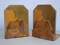Vintage 1930's 40's Art Deco Cottage Bookends (beetle2001cybergreen) Tags: vintage 1930s 40s art deco cottage bookends