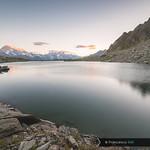 L'anello di acqua (Lacs Tachuy, Vallon di Belle Combe, Valle de La Thuile, Valle d'Aosta) thumbnail