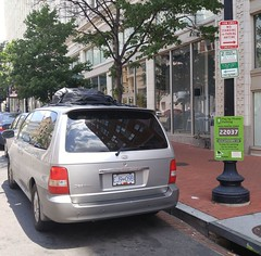 DC Streets Parking 20170618_122629 (CanadaGood) Tags: usa america dc washington districtofcolumbia afternoon building parking kia sedona cameraphone 2017 thisdecade canadagood colour color red green sign text vehicle