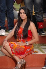 Indian Actress Ramya Hot Sexy Images Set-1 (97)