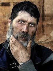 Dragan effect Color (Antonio Goya) Tags: dragan dramatic dramatico retrato portrait color man one barba old olympus omd dng xataca dzoom zaragoza españa spain eyes