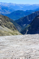 Piccole Formichine (Roveclimb) Tags: mountain montagna alps alpi ecrins escursionismo hiking france briancon barredesecrines refugedesecrines pramadamecarlie ailefroide pelvoux glacier ghiacciaio ice glacierblanc crevasse crepaccio