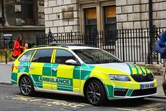 EY64 KNZ (S11 AUN) Tags: uk specialist ambulance service skoda octavia vrs estate medical response unit uksas paramedic london city ey64knz