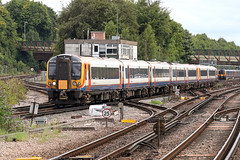 444014 Class 444 Desiro (Roger Wasley) Tags: 444014 class 444 desiro uk south west trains basingstoke ecs siding southampton central station hampshire railways gb britain british railwayherald