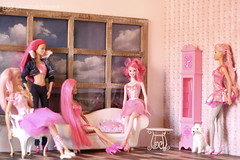 pink afternoon (photos4dreams) Tags: ladiesinpinkp4d photos4dreams photos4dreamz p4d barbie fairy fee pink mattel hair dress doll toy barbies girl play fashion fashionistas outfit kleider mode puppenstube tabletopphotography reroot canoneos5dmark3
