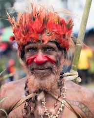 old man red nose tattoos (kthustler) Tags: goroka singsing papuanewguinea tribes huliwigmen mudmen