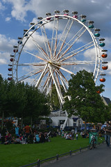2017 Riesenrad auf dem Mainfest in Frankfurt (mercatormovens) Tags: frankfurt main mainufer city riesenrad rummel mainfest