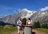 I Protty e il Monte Bianco (Colombaie) Tags: montdelasaxe montebianco massiccio vallata vista alpeggio rifugio bertone ritrato escursionisti escursionismo due uomo uomini maschio ritratto coppia gay noi omosessuale lgbt trekking hiking vacanze estate alpi