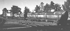 bomb train (Leonard J Matthews) Tags: bombtrain tanker wagons freight queensland railways queenslandrail australia mythoto shunt shunting qgr fuel 1970s slidecollection