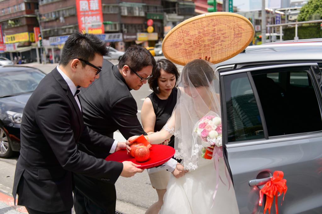 婚攝小勇,小寶團隊, 台北婚攝, 寒舍樂樂軒, 寒舍樂樂軒婚攝, 寒舍樂樂軒婚宴, 半生不熟蘋果誌, wedding day-034