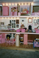 1990-interior of my barbie house (lorablong) Tags: christmas christmaspresent barbie barbiehouse mentone alabama