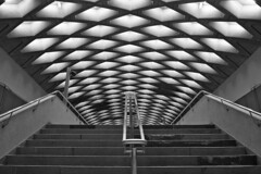 Spaceship (akigabo) Tags: montreal metro station spaceship future bw perspective staircase texture canon t5i 700d city noiretblanc abstract subway light akigabo