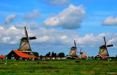 Zaanse Schans (JaapCom) Tags: jaapcom mill molen moulin molino molinos molens mills zaandam zaanse schans clouds holland dutchnetherlands