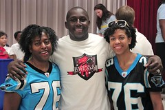"thomas-davis-defending-dreams-foundation-leadership-academy-billingsville-0030 • <a style=""font-size:0.8em;"" href=""http://www.flickr.com/photos/158886553@N02/36370921493/"" target=""_blank"">View on Flickr</a>"