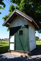 Knipscheerkapel, Alken (Erf-goed.be) Tags: knipscheerkapel kapel vakwerkkapel alken archeonet geotagged geo:lon=52868 geo:lat=508578 limburg