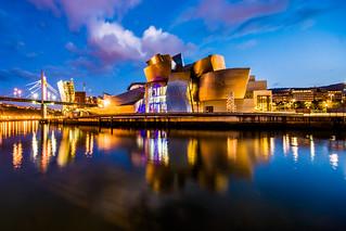 Guggenheim Museum Bilbao (Frank Gehry) at Sunset