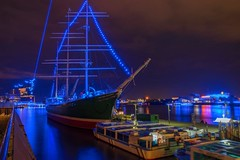 Yesterday starts the 2017 Blue Port Hamburg Germany - And a blue Laser from the Elbphilharmonic concert hall (gerckens.photo - hamburg) Tags: impressions hamburg blue port days elbe blauestunde bluehour firework feuerwerk illumination event germany ingmar gerckens gerckensphoto nikon d7000 d7100 copyright cruisedays blueport michael batz queen mary ship cruise two liner cruiseship night luxury boat water special pussycat pussy wet big strong nice background young wallpaper hintergrund design outdoor travel sea ocean harbor vessel voyage harbour qm2 anniversary cunard bluesky bridge building beauty hot ebony ivory