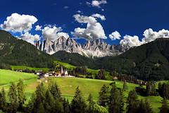 Val di Funes (Manu F. Kev63) Tags: montagna montagne funes valdifunes paesaggio paesaggi natura nature mountains