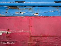 Textures (David Cucalón) Tags: davidcucalon textures texturas barca boat red rojo azul blue old viejo vintage retro madera wood olympus