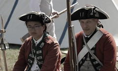 Revolutionary War Days, Cantigny Park. 17 (EOS) (Mega-Magpie) Tags: canon eos 60d cantigny park wheaton il dupage illinois usa america revolutionary war days people person men man dude fella hats muskets