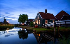 Zaanse Schans classy (l.cutolo) Tags: tlp water ngc zaandam netherlands silkycould on1raw landscape hdr longexposure millscape zaanseschans dutchlandscape worldtrekker bluehours flickr windmills village blue aperture silkywater dusk lights oldtowns sonyfe2470mmf40zaoss