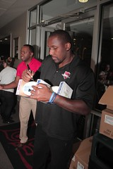 "thomas-davis-defending-dreams-foundation-thanksgiving-at-lolas-0224 • <a style=""font-size:0.8em;"" href=""http://www.flickr.com/photos/158886553@N02/37042953591/"" target=""_blank"">View on Flickr</a>"