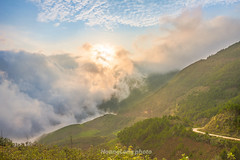 _J5K9591+97.0517.Phiêng Ban.Bắc Yên.Sơn La (hoanglongphoto) Tags: asia asian vietnam northvietnam northwestvietnam landscape scenery vietnamlandscape vietnamscenery vietnamscene nature mountain mountainouslandscape outdoor afternoon sunset sky cloud clouds flanksmountain sunlight sunny sunnyweather hdr canon canoneos1dsmarkiii canonef2470mmf28liiusmlens tâybắc sơnla bắcyên phiêngban tàxùa thiênnhiên phongcảnh buổichiều hoànghôn nắng sunnyafternoon nắngchiều ngàynắng bầutrời mây sườnnúi núi phongcảnhtâybắc phongcảnhtàxùa thiênnhiêntàxùa