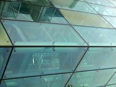 Glas 'n Salt (Ed Sax) Tags: geometrie blau gelb glas edsax architektur abstract surreal bauhaus salz nordsee blankerhans helogland heiligesland holyland