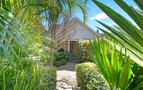 8 Rockley St, Bondi NSW 2026