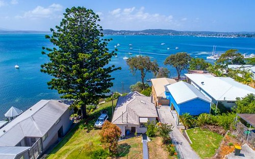 145 Marks Point Road, Marks Point NSW