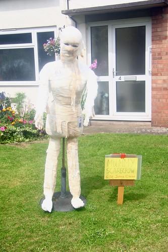 Mummy Scarecrow