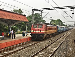 INDB - BPL Intercity Express (Sriram.SN) Tags: intercity express wap4 india images railways sriramsn