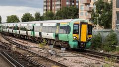 377160 (JOHN BRACE) Tags: 2002 bombardier derby built electrostar 377160 southern livery east croydon station