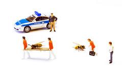 Wespensterben (david_drei) Tags: minis preiser miniatur wespe wasp yellowjacket jasper highkey