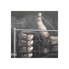 Maximum security.     East side Gallery  ( Detail ) (José Luis Cosme Giral) Tags: maximumsecurity thewall painting hand chains fence minimal 1x1 square marcoblanco minimalismo canon powershot s120 eastsidegallery berlin germany