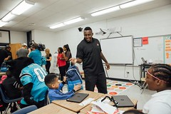 """thomas-davis-defending-dreams-2016-backpack-give-away-47 • <a style=""""font-size:0.8em;"""" href=""""http://www.flickr.com/photos/158886553@N02/36995682416/"""" target=""""_blank"""">View on Flickr</a>"""