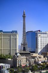 Eiffel Tower During the Day (milepost430media.com) Tags: lasvegas nevada casino strip landmark gamble vegas dslr canon 5d markiv eiffeltower paris nottherealone gaming outdoor fall september vacation holiday travel bellagio planethollywood hilton mgmgrand caesarspalace winner winning