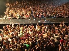 Catwalk (minimi007) Tags: 2017 applaus audience bühne concert diefantas diefantastischenvier fairandexhibitioncenter frankfurt frankfurtammain hall icloud iphone6plus konzert lichtshow lightshow live messehalle onstage publikum rappers
