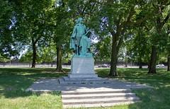 IMG_0010 A (mhellekjaer) Tags: 773 illinois chicago southside washingtonpark gottholdephraimlessing monument albinpolasek historicdistrict nationalregisterofhistoricplaces nrhp