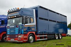 JOHN McWHIRTER & Co SCANIA 124L 420 S333 RBT (denzil31) Tags: livestocktransport johnmcwhirterco mcwhirter john ayrshire kelsalightbar straiton s333rbt 124l420 truckfest scania fourseries wagonanddrag topline